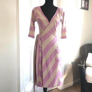 Diane Von Furstenberg Chevron Wrap Dress Size 6
